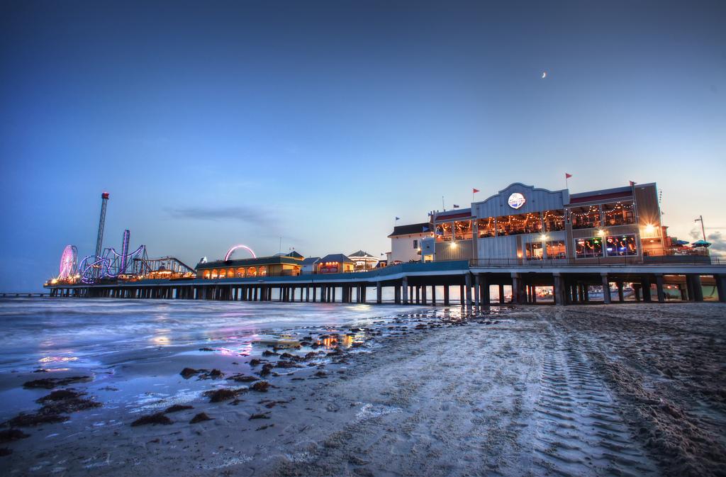 Pleasure pier 4